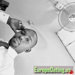 Young_kmoney, 19870528, Lagos, Lagos, Nigeria