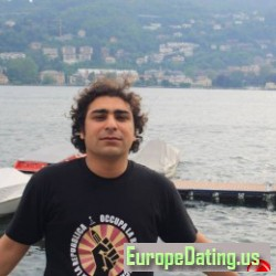 intelligent_Nas, Italy