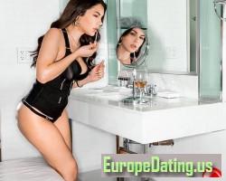 Valentines-Nappi, 22, Montella, Campania, Italy