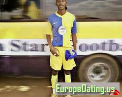 Ronaldo16, 20, Chongwe, Lusaka, Zambia