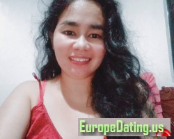 K.J., 38, Tarlac, Central Luzon, Philippines