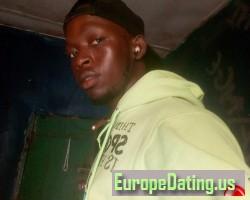Ansumanah, 24, Monrovia, Montserrado, Liberia