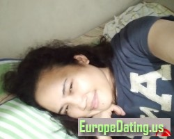 Carmelareyes, 26, Tanjay, Central Visayas, Philippines