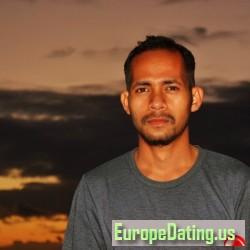 Mensen, 19960525, Kupang, Nusa Tenggara Timur, Indonesia
